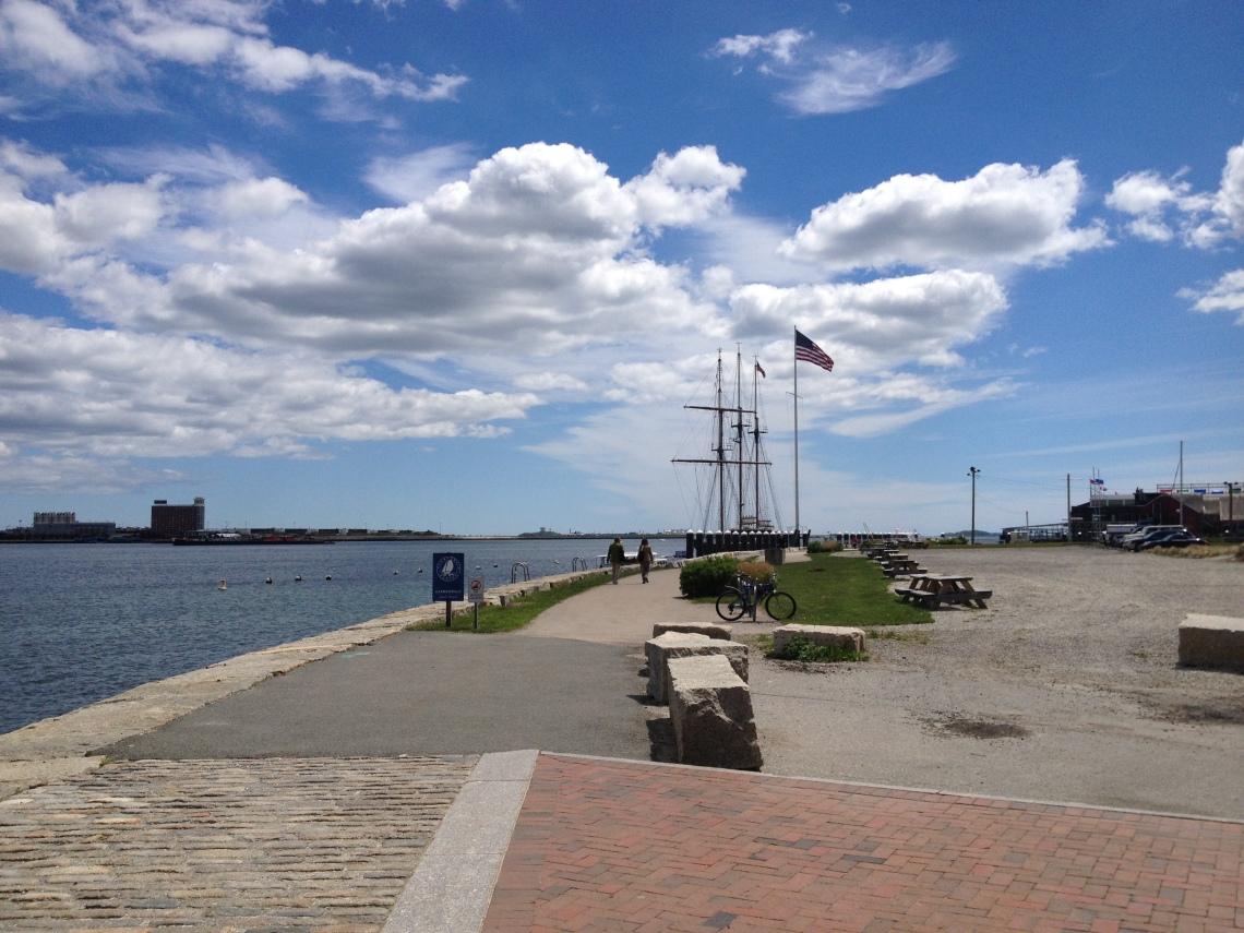 BostonHarborwalk1